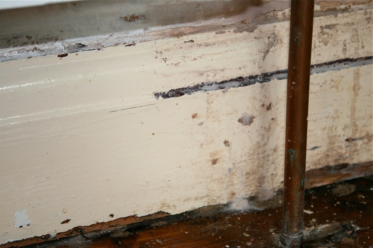 Left - Jif & elbow grease; Right - reasonable grounds for murdering your plasterer