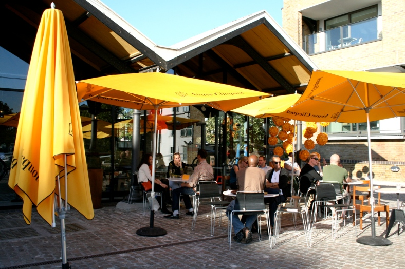 Rather lovely Verve Cliquot pop up bar and eatery, always makes me smile, that yellow, wonder why?!