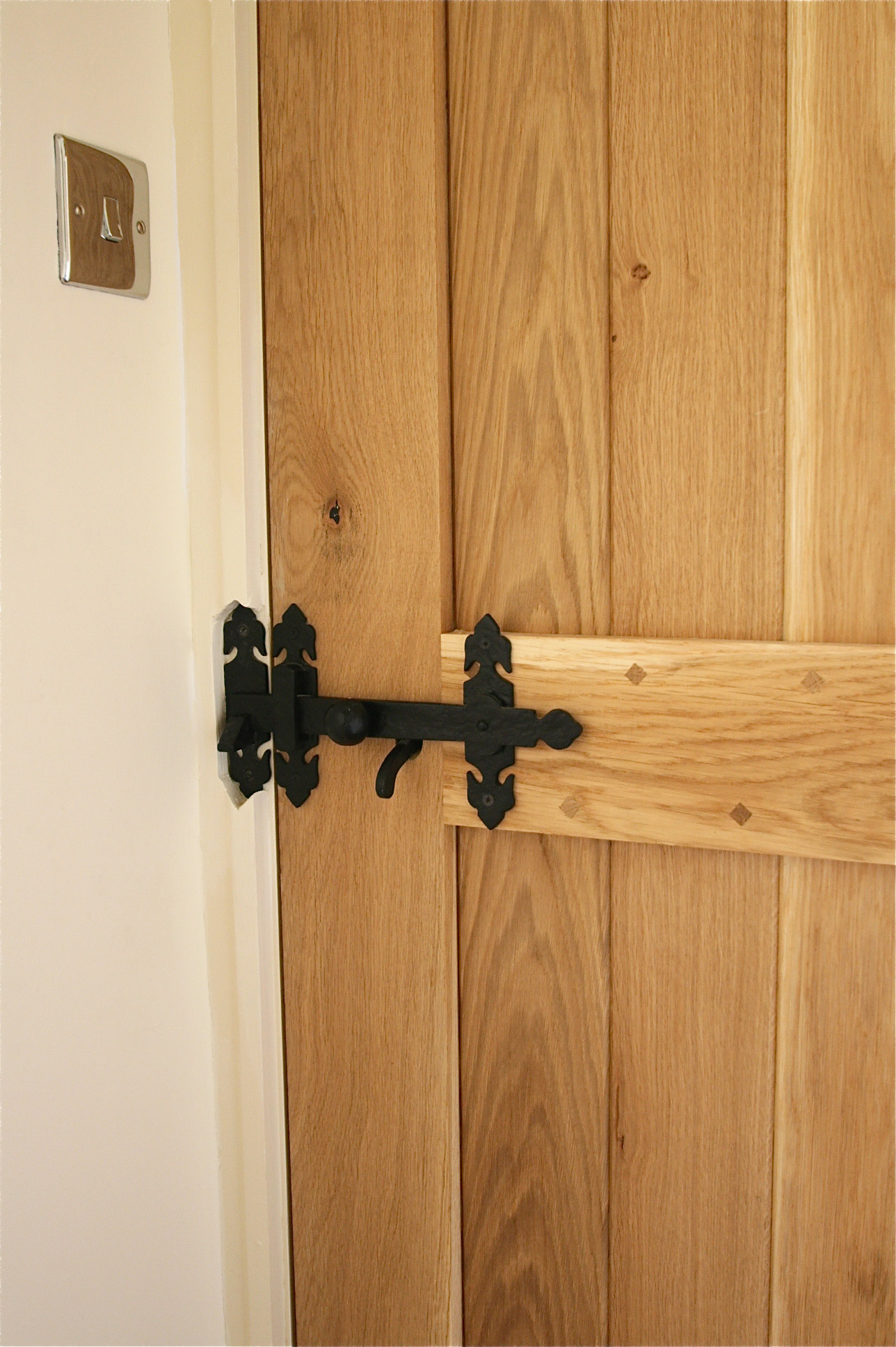 Project Rose Gorgeous Suffolk Style Solid Oak Doors