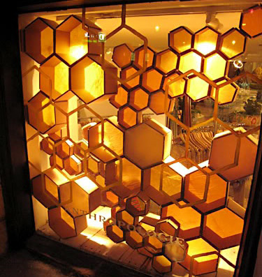 playing with golden honey bs and hexagonal design