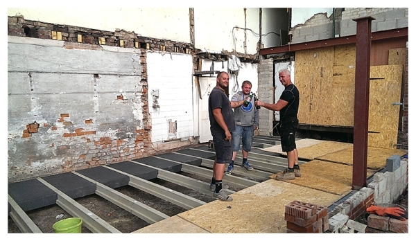 Hanson Jet Floor installation Moregeous Mansions