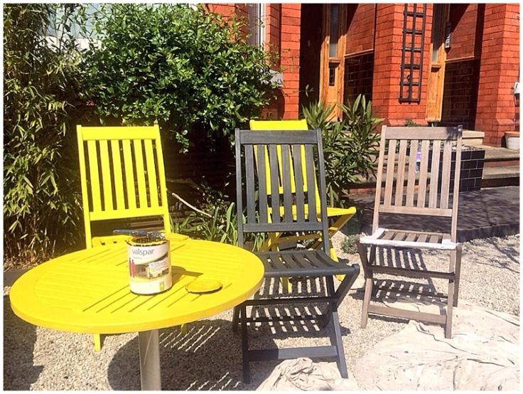 Painting garden furniture with Valspar garden range