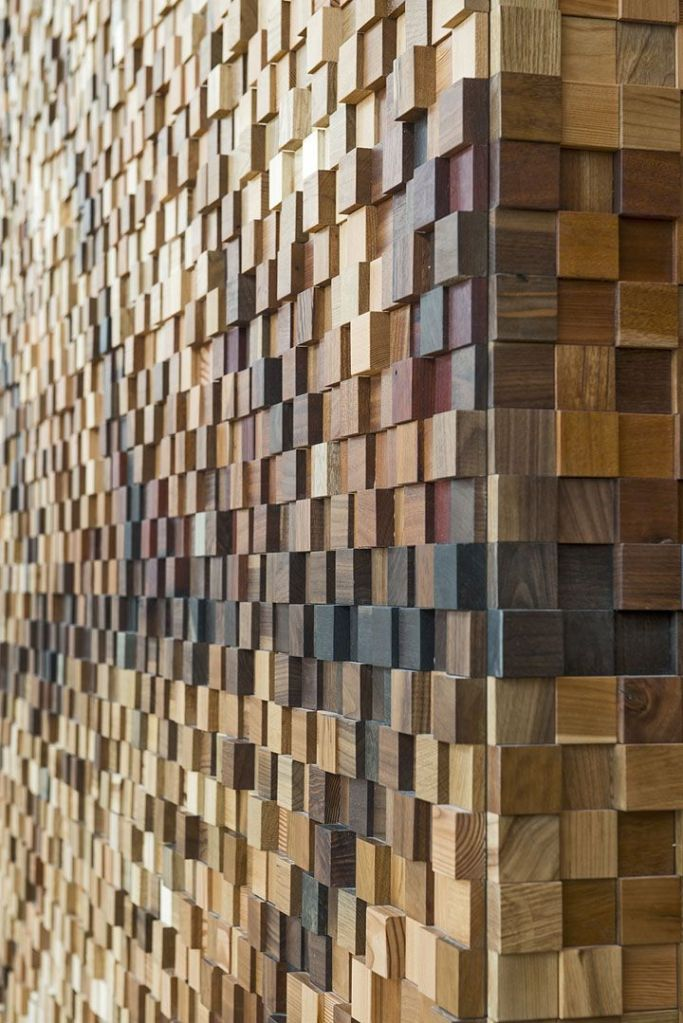 Pixellated timber wall