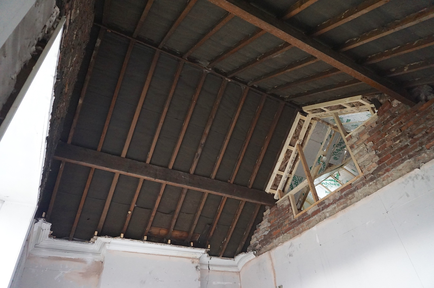 Do Up Diary 72 Vaulted Ceiling Anyone Make It Moregeous