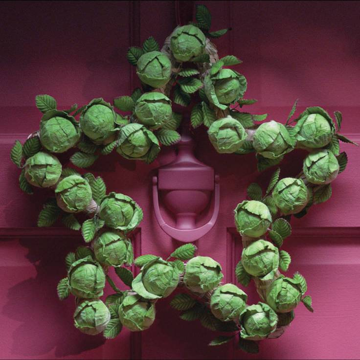 original_star-brussel-sprout-wreath.jpg