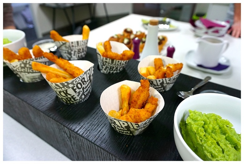 Mini fish & chips in paper cones