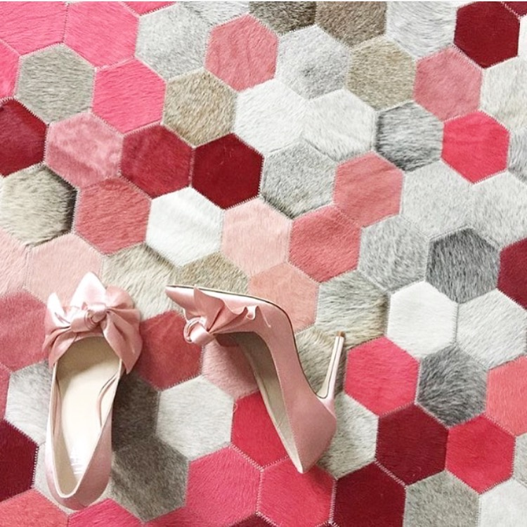 pink-hexagon-rug